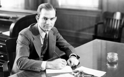 Senator J William Fulbright